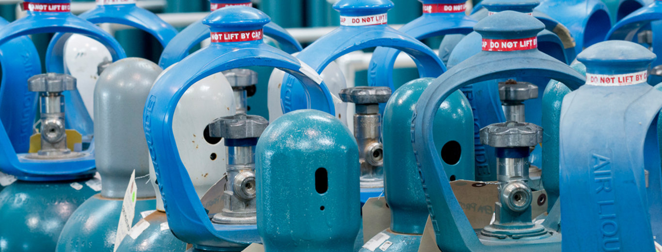 Compressed Gas Cylinder Safety Training Video_from Air Liquide